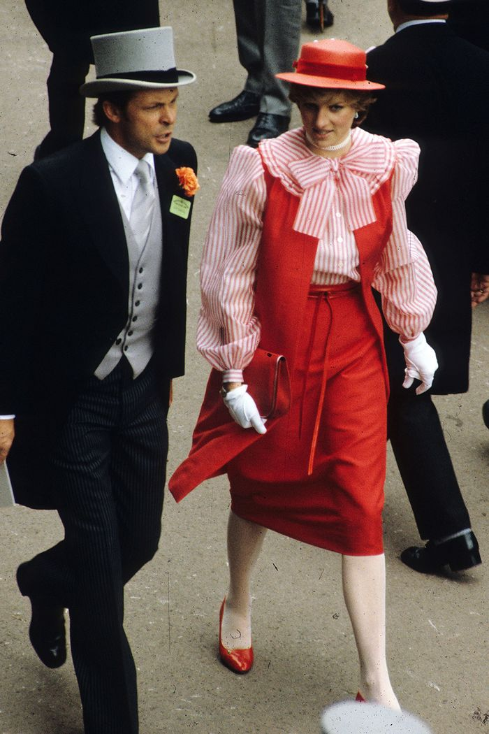 What Princess Diana Wore To Royal Ascot Who What Wear Uk