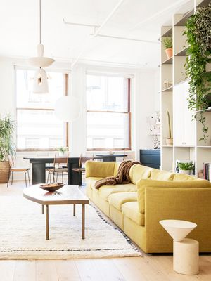 The New York Capsule: 8 Décor Pieces Every Girl in the City Owns
