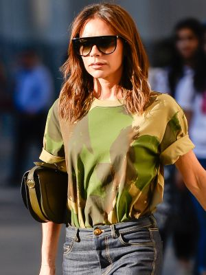 Victoria Beckham Wore a New Type of Skinny Jeans
