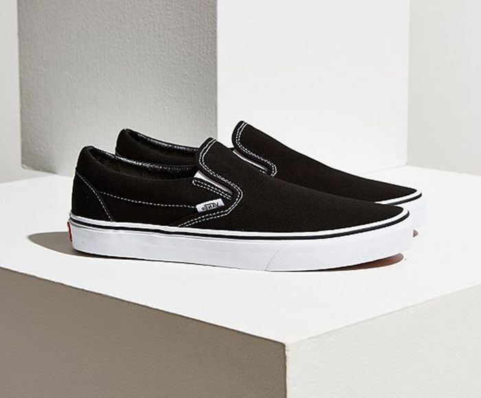 to Wear Vans Like the Fashion