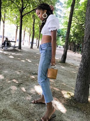 This Is 2018's Version of Skinny Jeans and a Crop Top