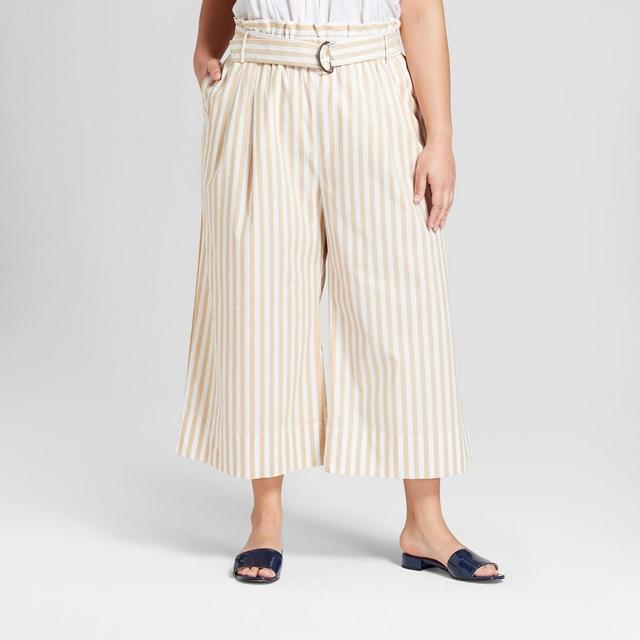 Plus Size Wide Leg Paperbag Crop Pants