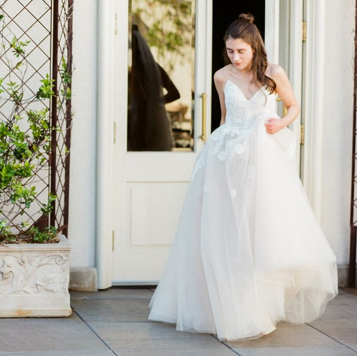 How To Choose Bridal Shoes Who What Wear