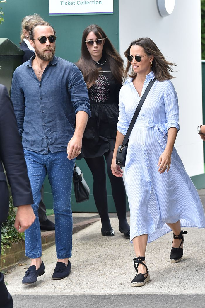 pippa middleton maternity style: pippa wearing a blue shirt dress with black penelope chilvers