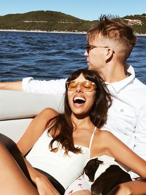 The 17 Signs of Falling in Love That Make It Real