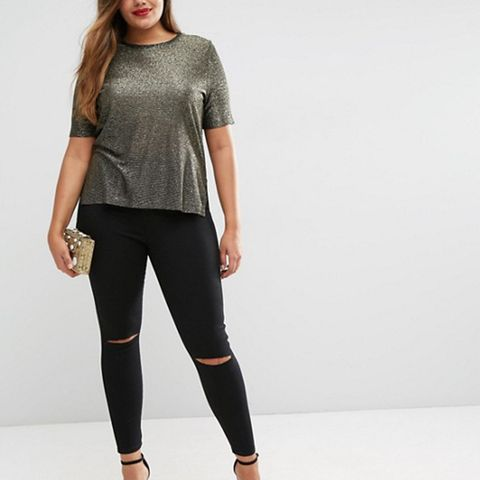 Rivington Jeggings in Clean Black With Rips