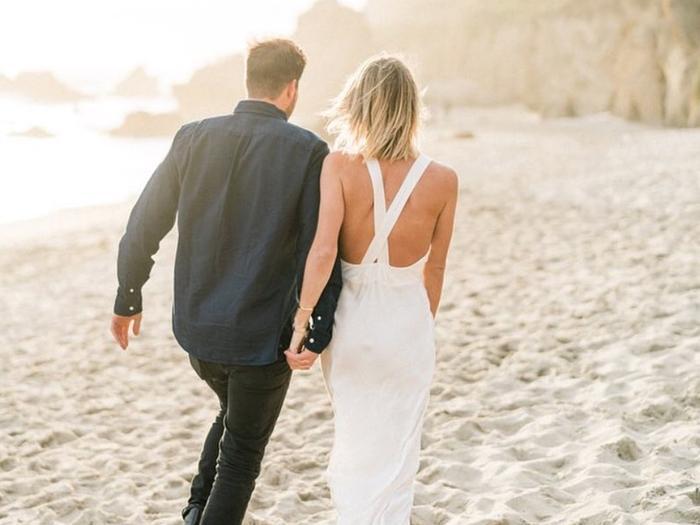 beach wedding shoes street style
