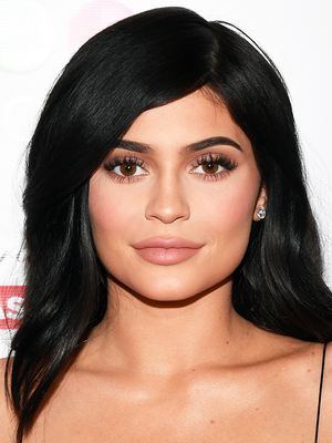 FYI: Kylie Jenner's New Filler-Free Face Is Absolutely Stunning