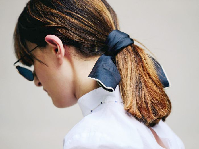 how to style a hair ribbon