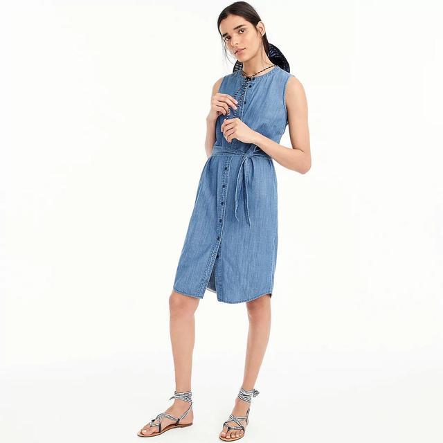 Sleeveless shirtdress in chambray