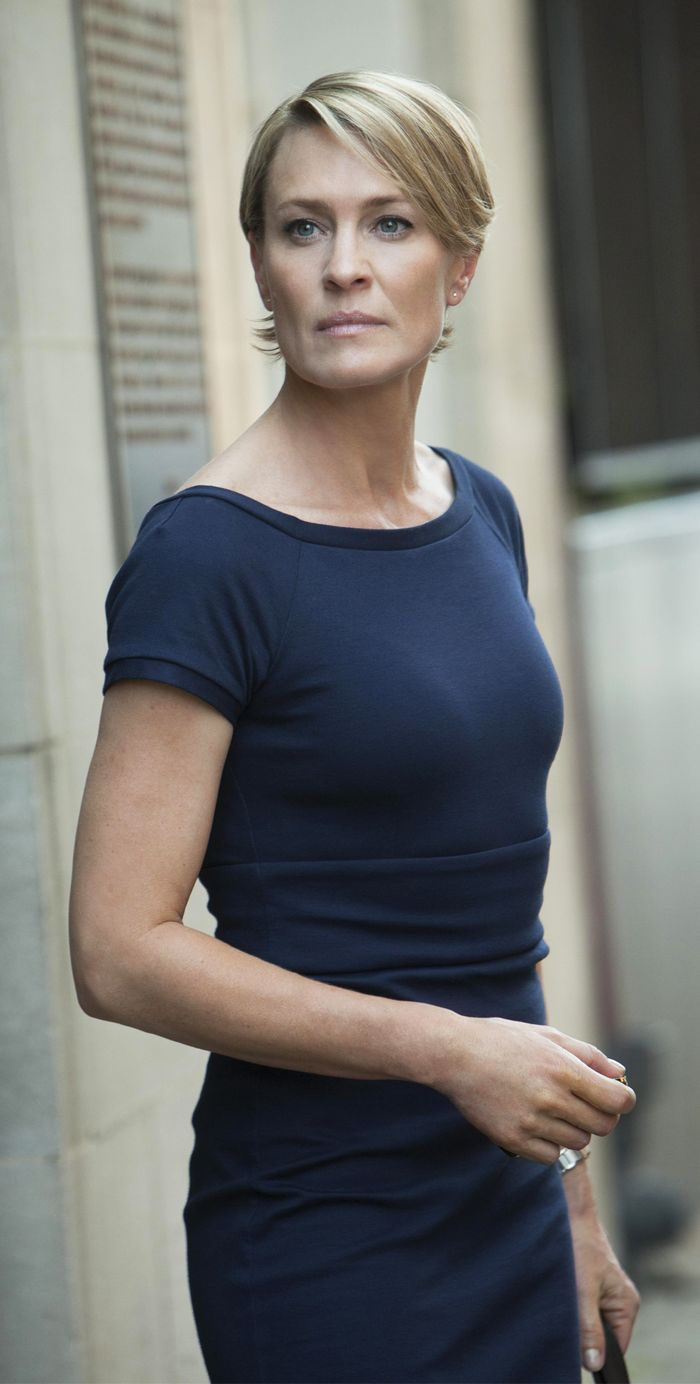 claire underwood hairstyle pictures how meghan markle is re creating claire underwood s wardrobe