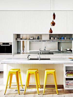 Designers Cringe Every Time They See This Kitchen Decorating Mistake