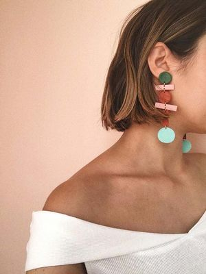 15 Hanging Earrings That Look Much More Expensive Than They Really Are