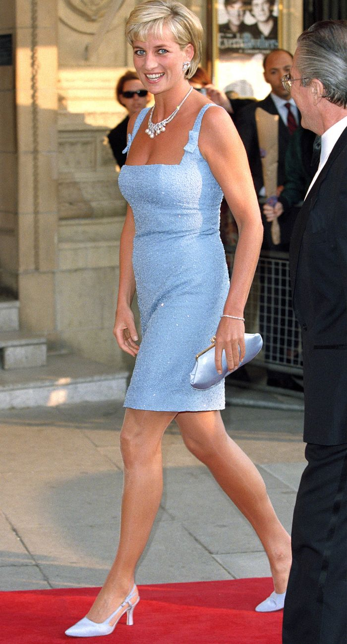 Princess Diana shoe trends:  slingback kitten heels