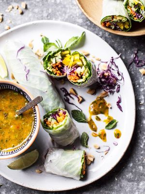 10 Raw Vegan Recipes for a Crash Course in the Diet, Plus a Guide to What It Is