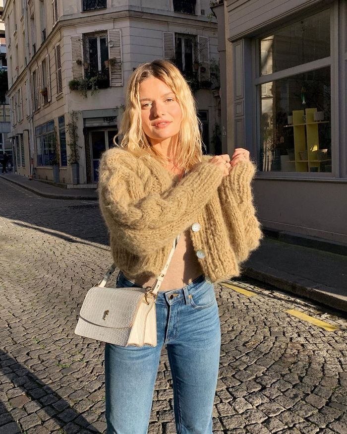 French outfits: Sabina Socol in a cardigan