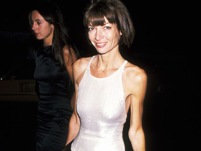 5 Chic-to-Death Trends Anna Wintour Predicted 20 Years Ago