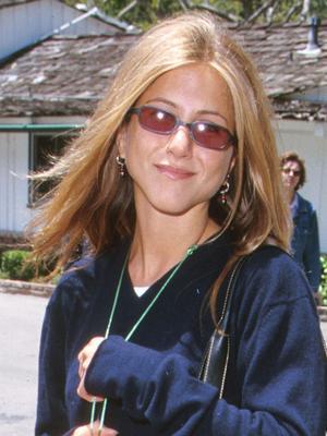 20 Years Apart, Jennifer Aniston Made Thongs Look Chic