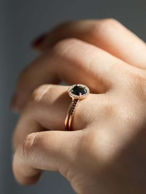 Black Engagement Rings Are a Thing—Here Are Our 25 Favourites