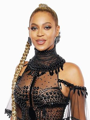 Feast Your Eyes on the Most Epic Braid Beyoncé Has Ever Worn