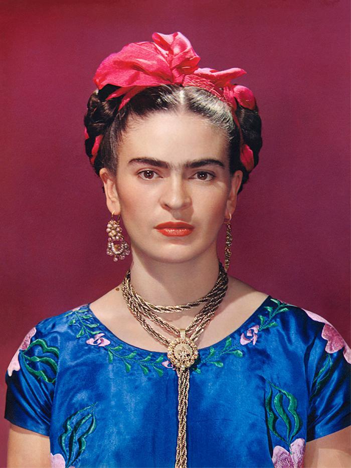 frida khalo style: Frida khalo in a blue satin blouse