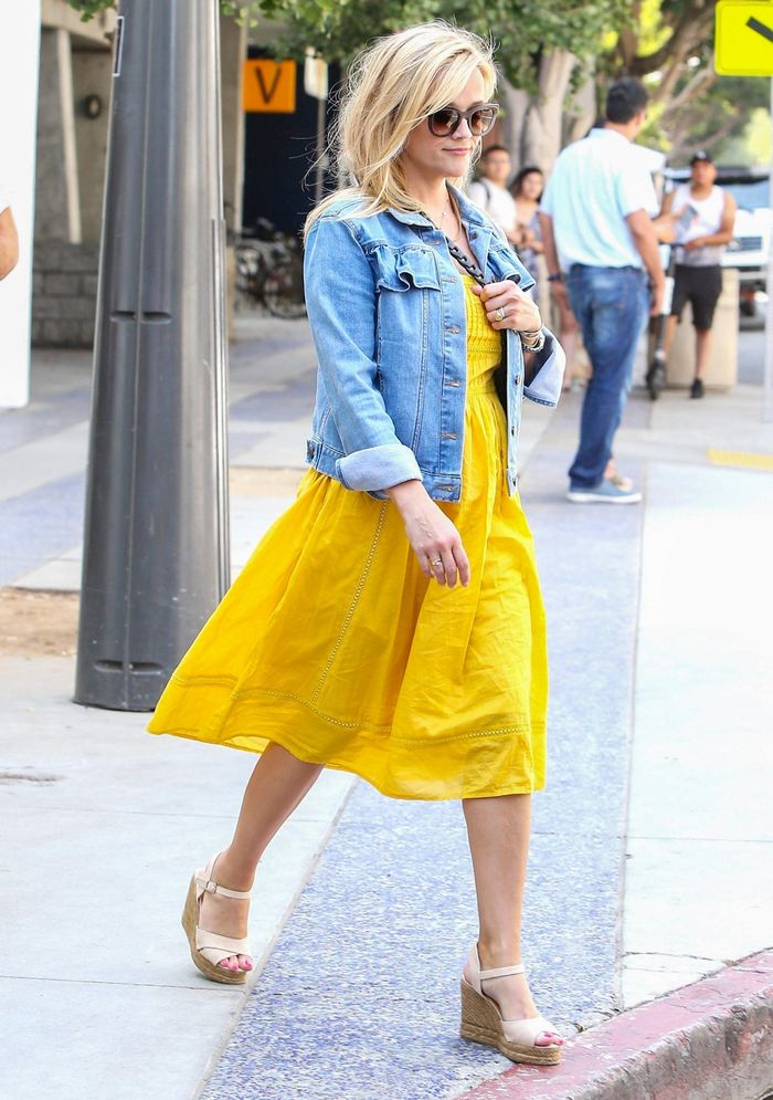 Reese Witherspoon Wearing a J.Crew Dress