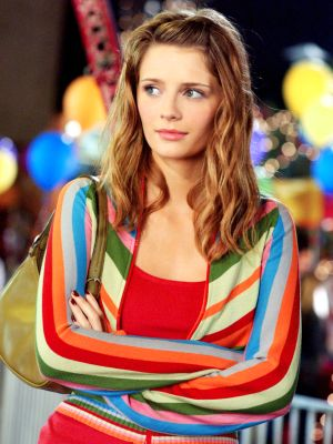 Marissa Cooper Wore Fake Chanel Bags on The O.C.—Here's Why