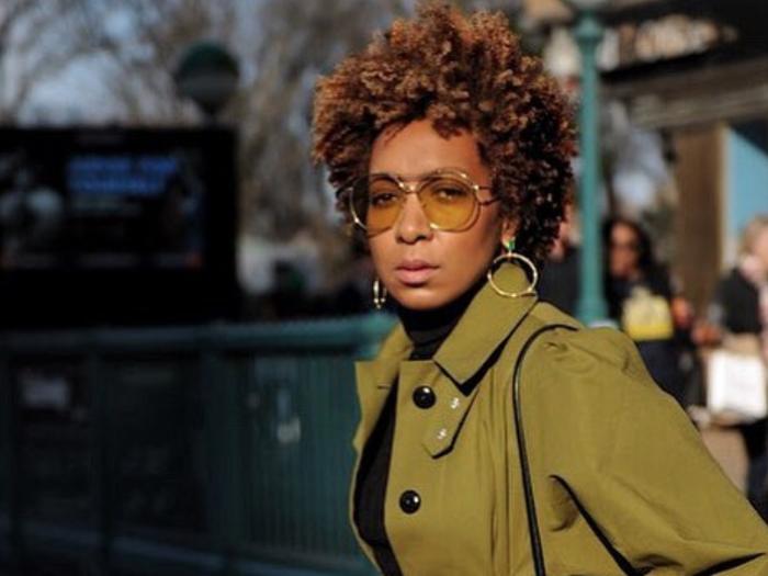 70s-inspired sunglasses social