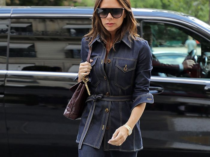 Victoria Beckham Wearing Skinny Jeans