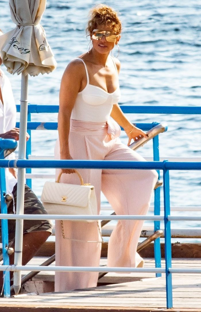 Jennifer Lopez Italy Vacation Outfits