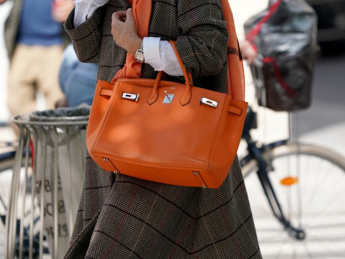 A Crazy-Expensive Vintage Bag Is the Most Popular Tote of 2020