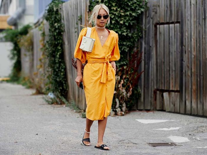 Flats and Dresses Street Style Combination