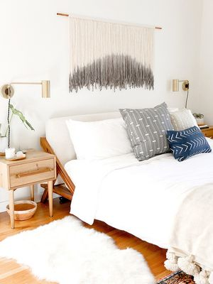 Here's Exactly How a Feng Shui Expert Would Arrange a Small Bedroom
