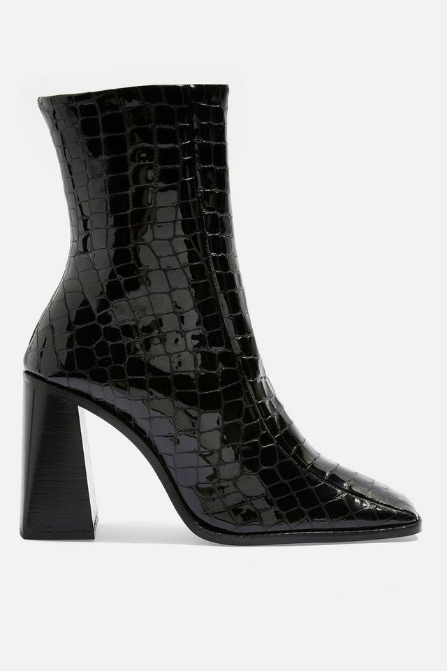 Crocodile Shoes Will Make You Look Wealthier Than You Are