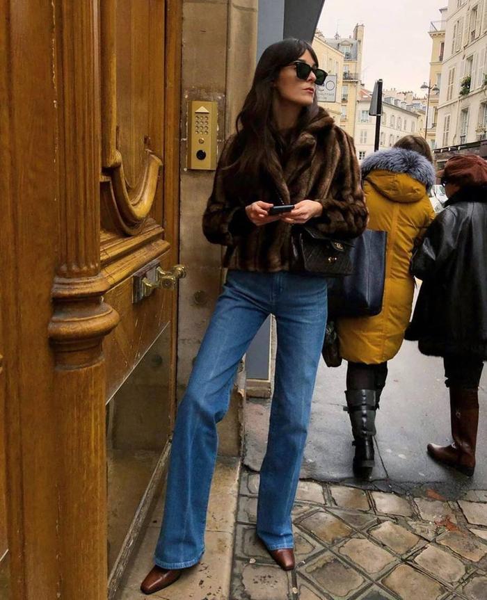 Como usar la tendencia más fuerte del otoño: jeans de pierna ancha