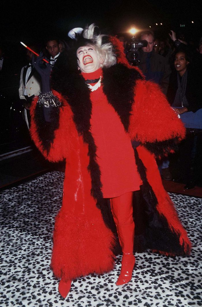 halloween cruella devil costumes with wigs