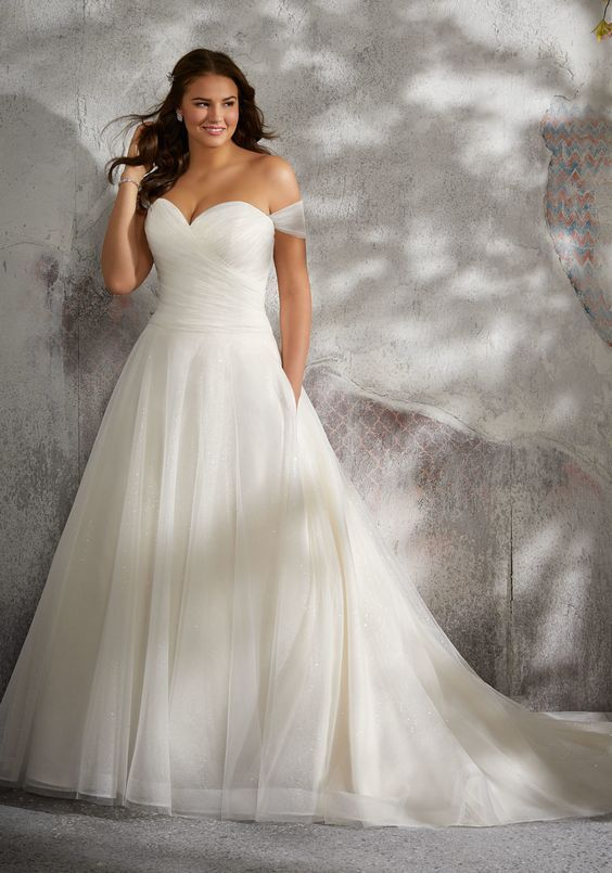 how to fly with a tulle wedding dress