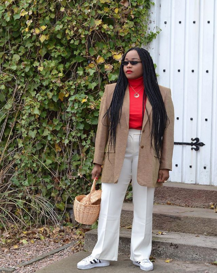 How Fashion Girls Style White Pants for Fall