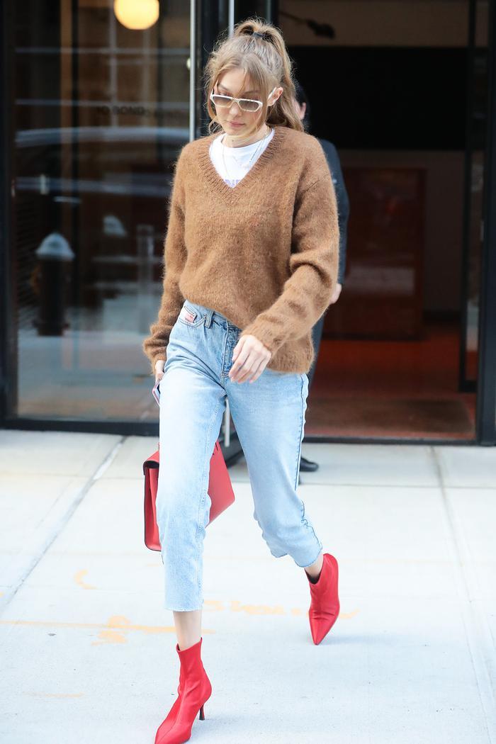 Gigi Hadid fall outfit