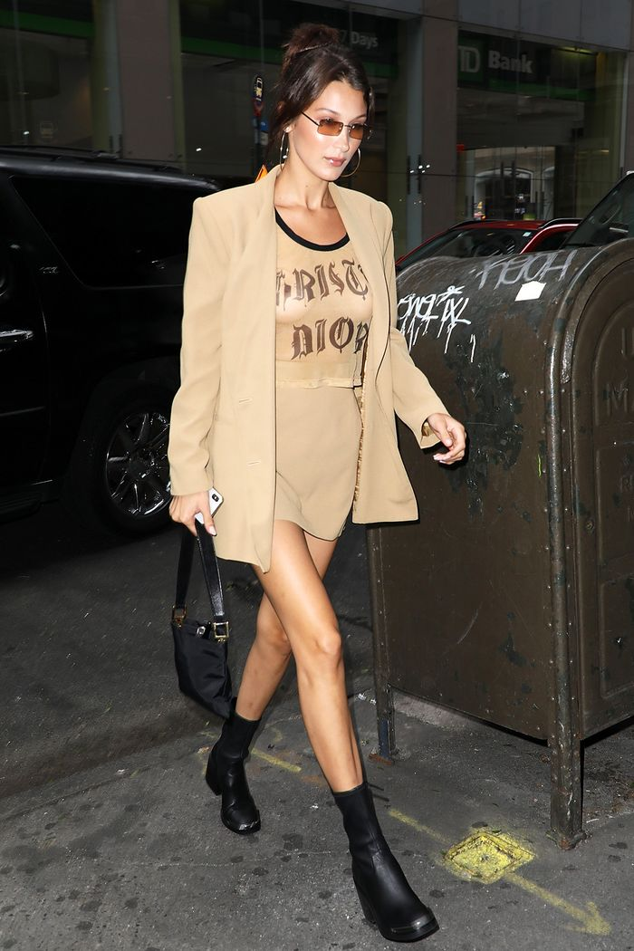 Bella Hadid naked outfit