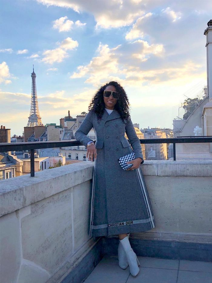10 Grey Coat Outfits That Are Making Us Feel Very Chic