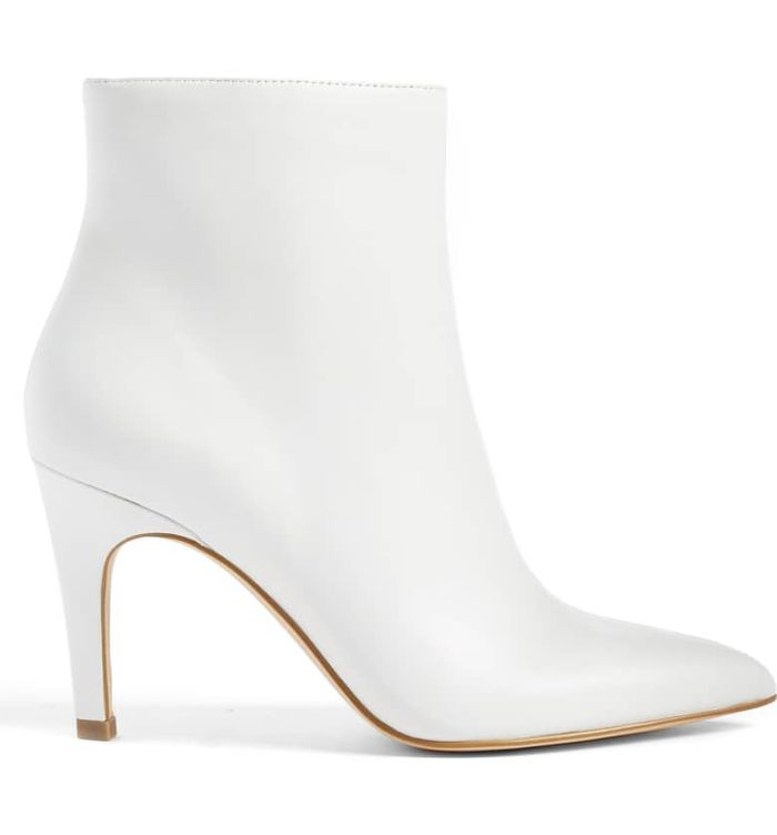 22 White Ankle Boots We're Eyeing for