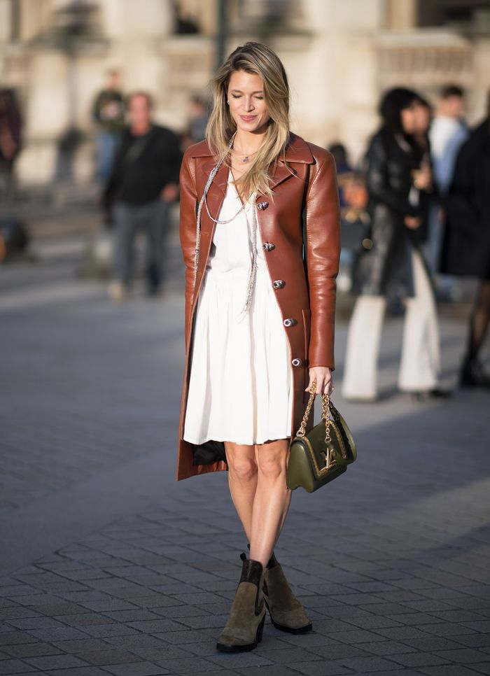 womens boots to wear with dresses
