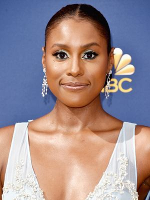 It Took One $20 Foundation to Make Issa Rae's Skin Glow to the Gods at the Emmys