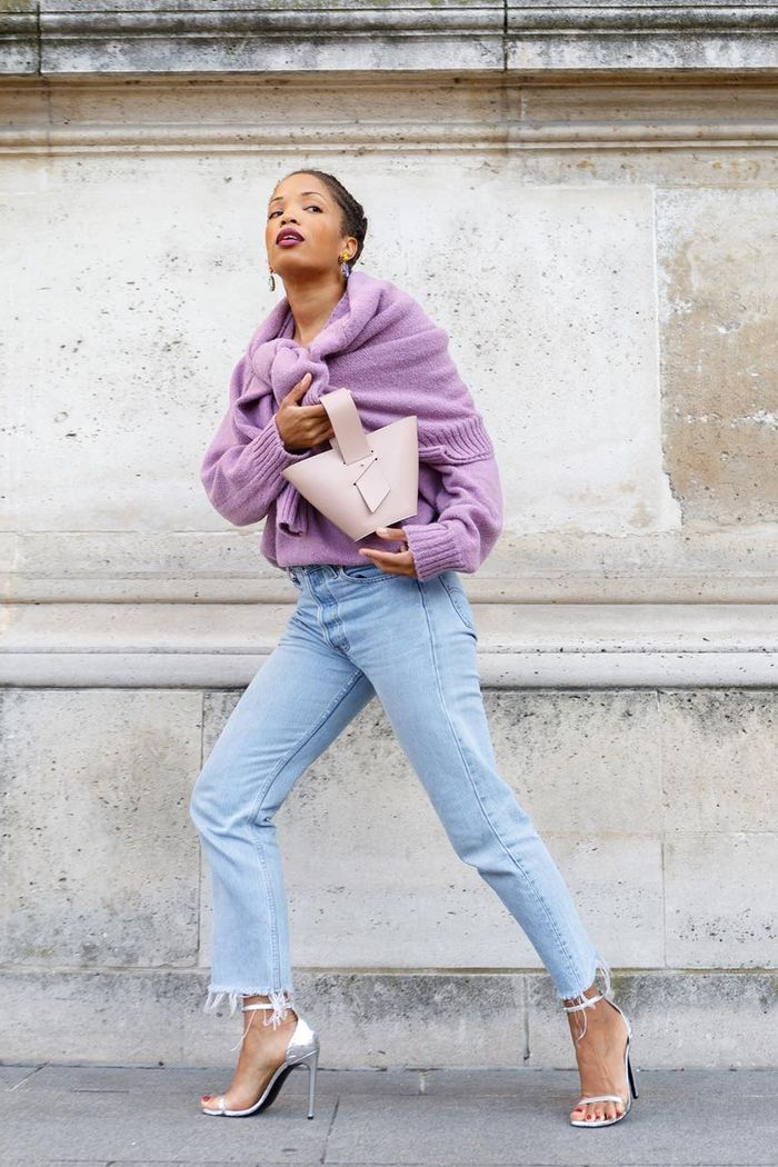 Jeans-and-Jumper Outfits: Slip into Style wearing bleach denim and lilac jumpers