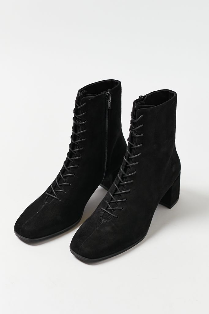 heeled pixie boots