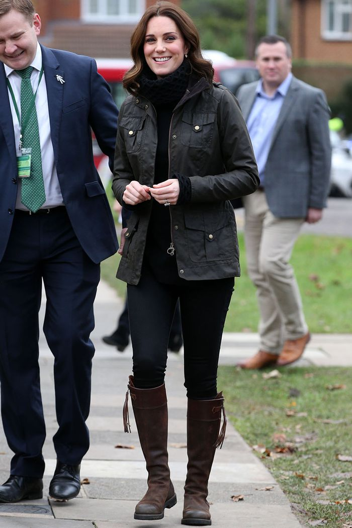 Kate Middleton riding boots and skinny jeans