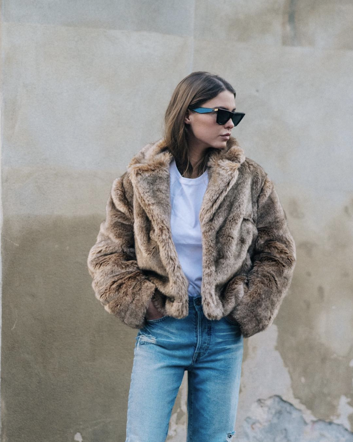 How to clean fur coats
