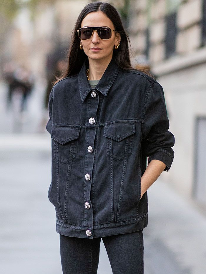 9 Black Denim Jacket Outfits For Fall Who What Wear