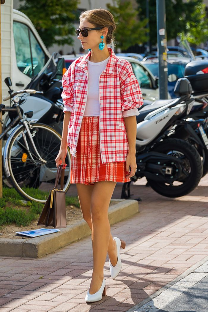 Jenny Walton style: Jenny Walton wearing a checked jacket and skirt